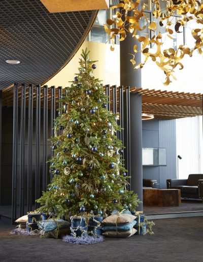 3meter gedecoreerde kerstboom